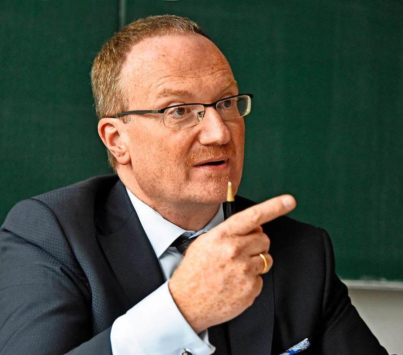 Der Freiburger Ökonom Lars Feld.    Foto: Michael Bamberger