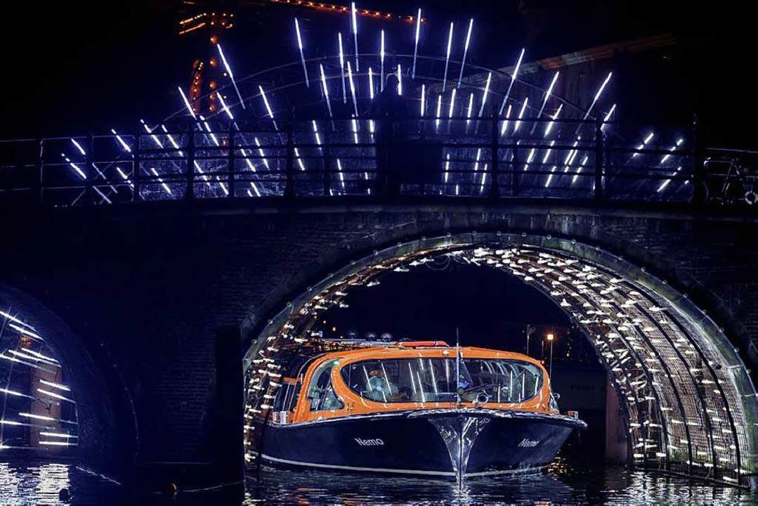 Grachtenfahrt beim Light Festival  | Foto: Copyright: LOVERS canal cruises