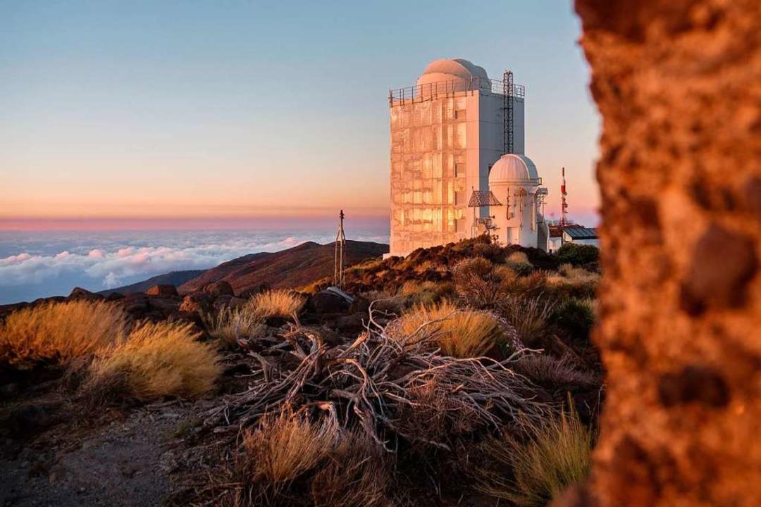 Wie Objekte von Außerirdischen: die Installationen der Sternwarte auf Teneriffa.    Foto: Andrea Drouve