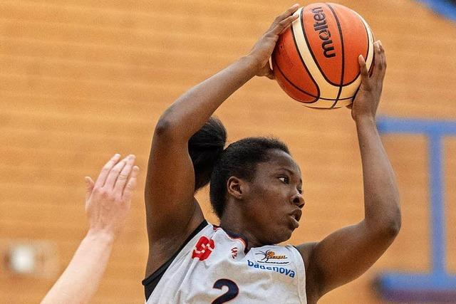 Freiburgs Basketballerinnen setzen sich in der oberen Tabellenhälfte fest – 84:61 gegen Saarlouis