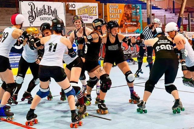 Schnuppert beim Recruiting Day in die Sportart Roller Derby rein