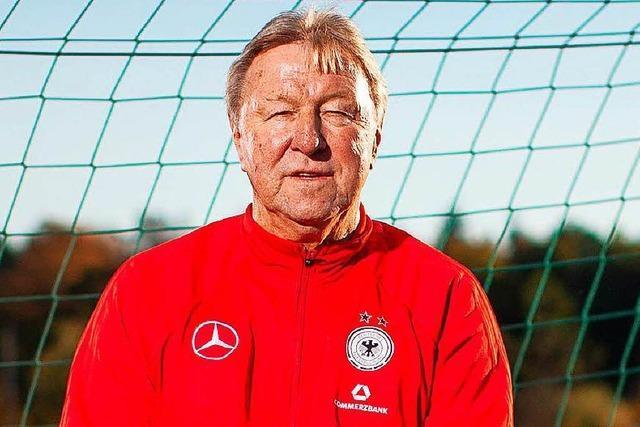 Horst Hrubesch coacht zum letzten Mal die Frauen-Nationalelf