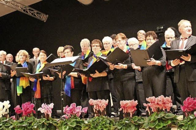 Ein Chorabend, der viel in Walzerseligkeit schwelgte
