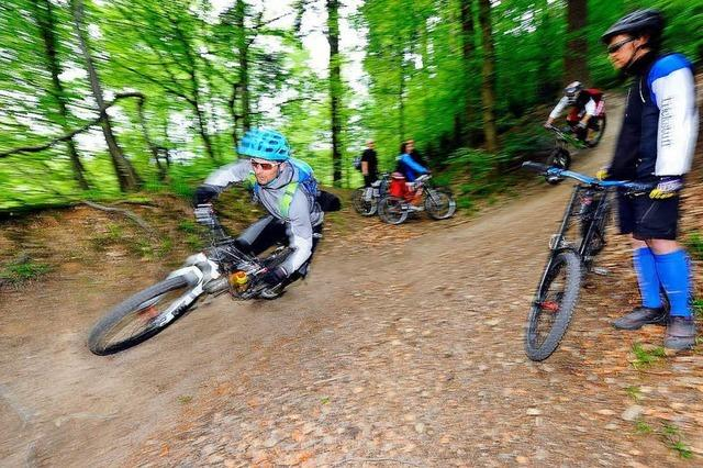 Mountainbiker richten Borderline-Trail her