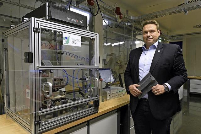 Neue Stiftungsprofessur stärkt Freiburgs Position bei der Erforschung nachhaltiger Werkstoffe