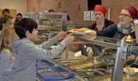 Die Schulmensa kocht selbst und frisch