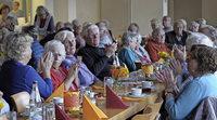 Wenn die Gemeinde einlädt, kommen Senioren gern