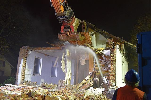 Fotos: Bahnwärterhaus in Wyhlen wird abgerissen