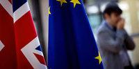 EU beruft Brexit-Sondergipfel ein – Rücktritte im Kabinett von Theresa May