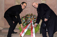 Zum mahnenden Gedenken an die Opfer der Kriege