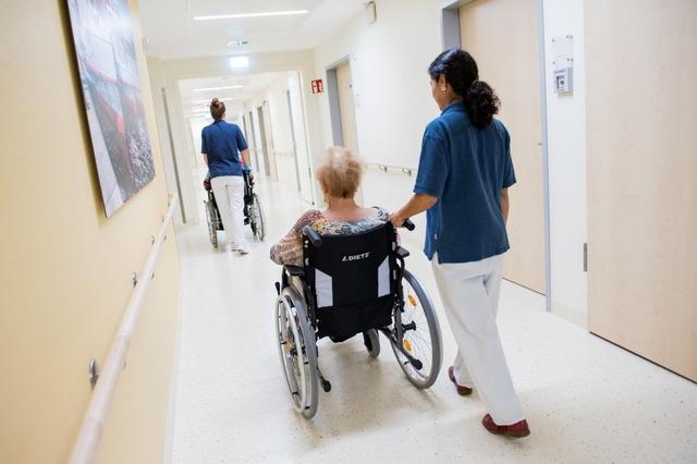 Geflüchtete in Pflegeberufen sind jetzt vor der Abschiebung geschützt
