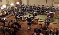 Fanfarenzug Schwarzenberger Herolde, Chorale Grégorienne Sélestat und Posaunenchor in Waldkirch