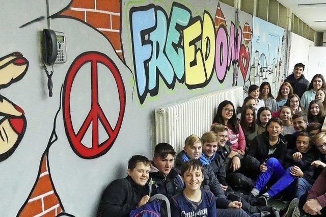 Graffiti im Schulhausflur – ganz legal