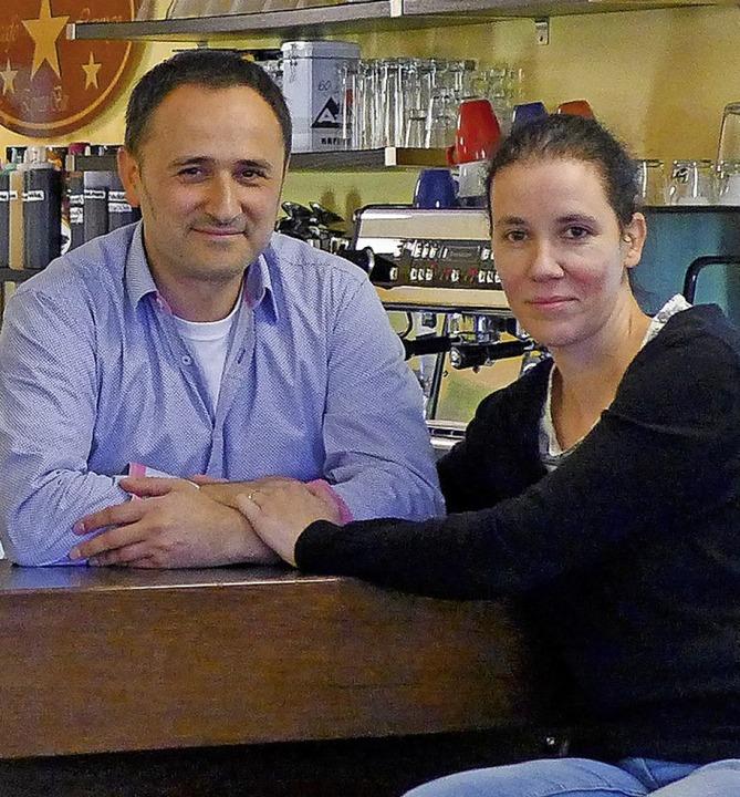 Eiscafé-Betreiber Hasan und Manuela Boyali     Foto: Schöler