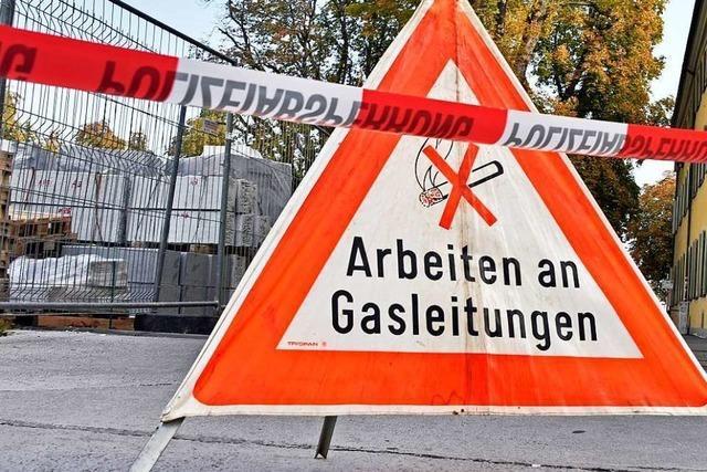 Bagger kappt Gasleitung in Gottenheimer Gewerbegebiet