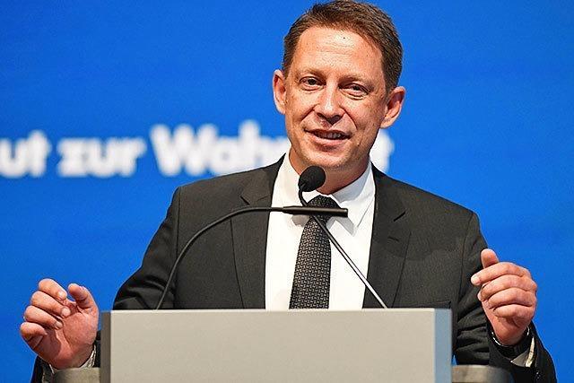 AfD-Landeschef Özkara tritt zurück - neuer Posten in Bayerns Landtag
