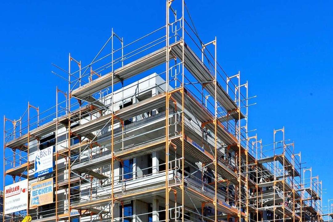 Die private Wohnungswirtschaft allerdi...rger Wohnungs- und Gewerbeunternehmen.  | Foto: Michael Bamberger