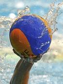Erster Saisonsieg im Wasserball