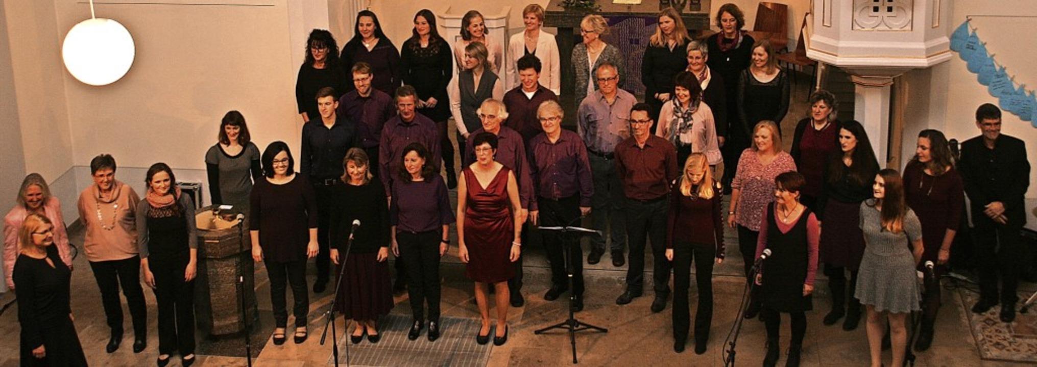 Der Bad Säckinger Chor ProSäcko trat i...gelischen Kirche in Bad Säckingen auf.  | Foto: Aloisia Zell