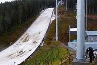 Zu viel Regen und zu warm: Skisprung-Weltcup in Neustadt abgesagt