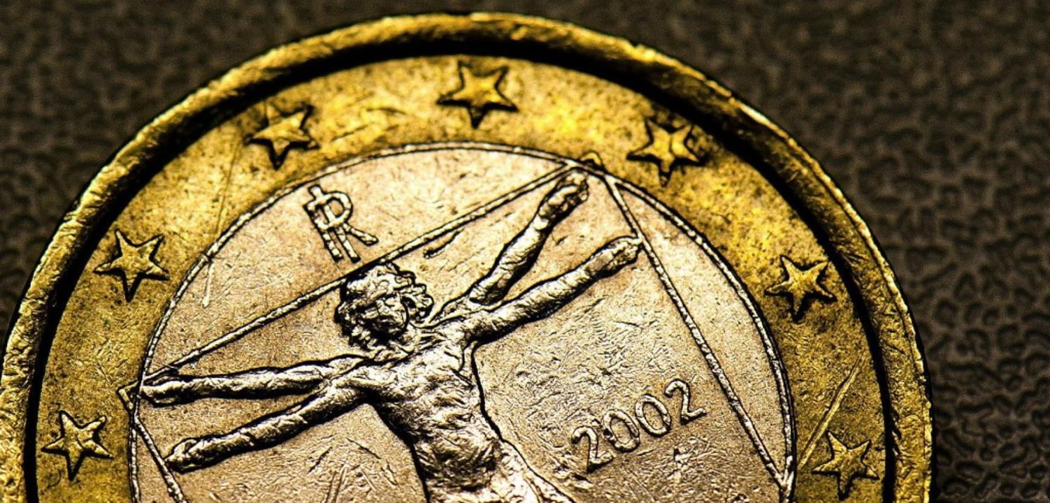 Diese Euromünze stammt aus Italien &#8...n derzeit die größten Sorgen bereitet.  | Foto: dpa