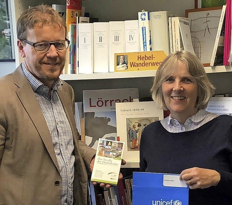 Christine Langen interviewte Kulturamtsleiter Lars Frick  | Foto: Unicef