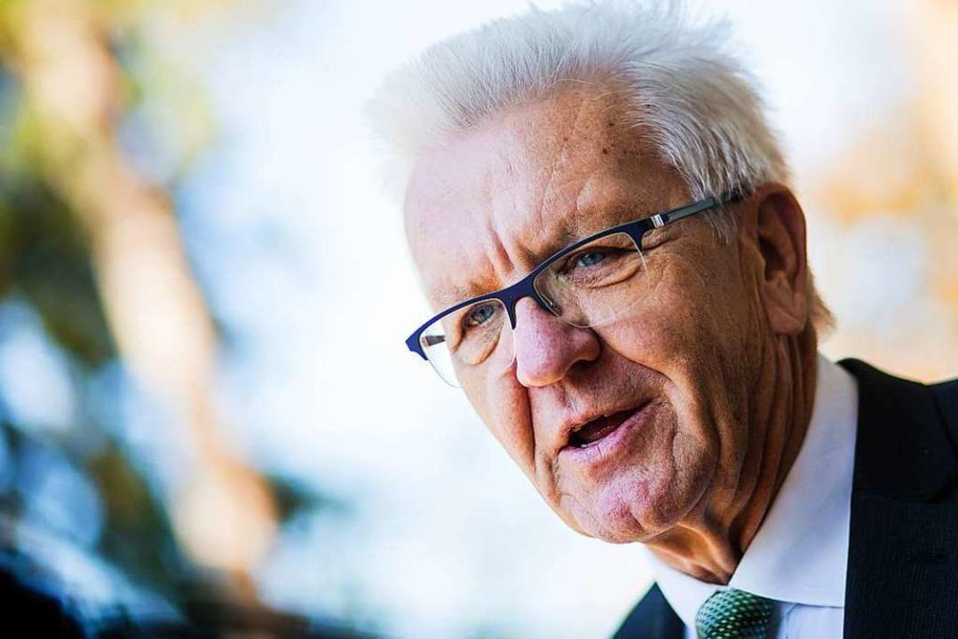 Baden-Württembergs Ministerpräsident Kretschmann kämpft für den Föderalismus.  | Foto: dpa
