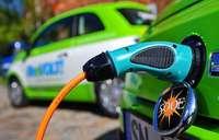 Umstieg auf Elektroautos kostet rund 100.000 Jobs