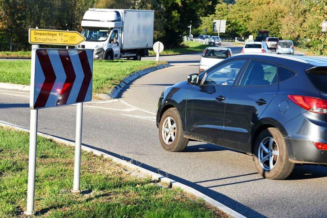 Ein Unfall am Steinener Kreisel hat he...erufsverkehr ausgebremst (Symbolbild).  | Foto: Robert Bergmann