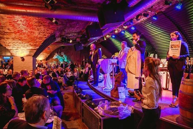 Fotos: So war die Versteigerung für die BZ-Aktion Weihnachtswunsch im Jazzhaus
