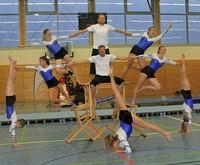 Stuhlgang mit waghalsiger Akrobatik