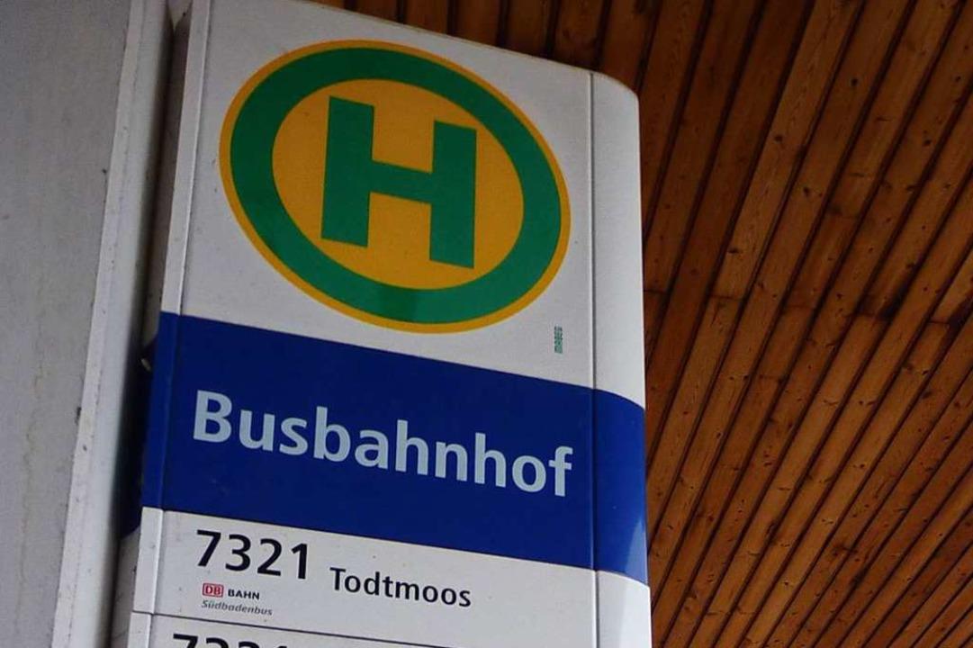 Am Busbahnhof Todtnau ist es zu einer Sachbeschädigung gekommen.  | Foto: Sattelberger