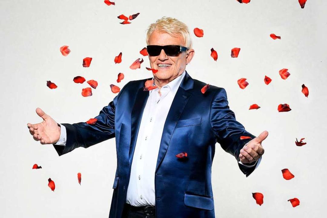Für immer blond und sonnenbebrillt: Heino auf seinem offiziellen Geburtstagsbild    Foto: Dominik Beckmann