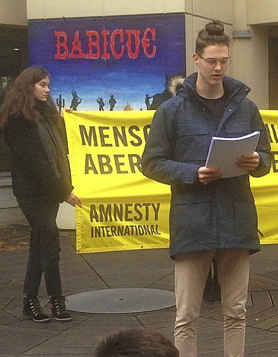 Aktion am Tag der Menschenrechte: THG-...rt, eingesperrt  oder bedroht werden.   | Foto: Theodor-Heuss-Gymnasium