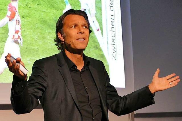 Schiedsrichter Urs Meier: