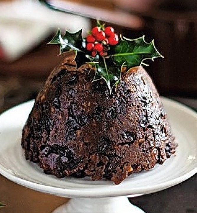 Christmas Pudding wird in England serviert.    Foto: Privat