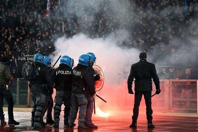Eintracht Frankfurt droht möglicherweise ein Geisterspiel