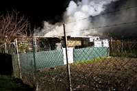 Gartenlaube auf dem Zielberg brennt aus