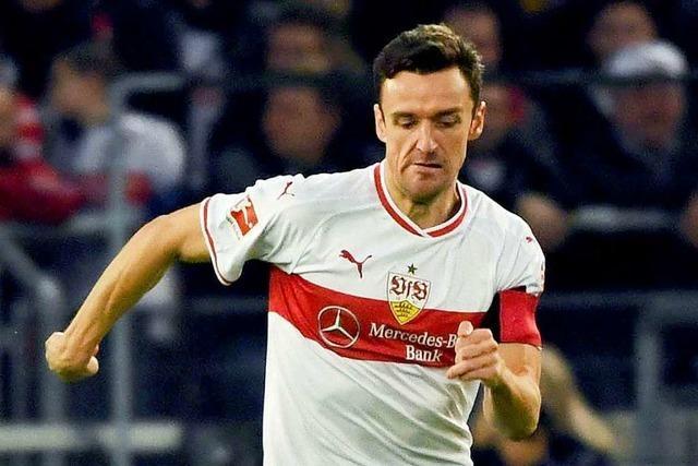 VfB Stuttgart mit Kapitän Gentner in Wolfsburg