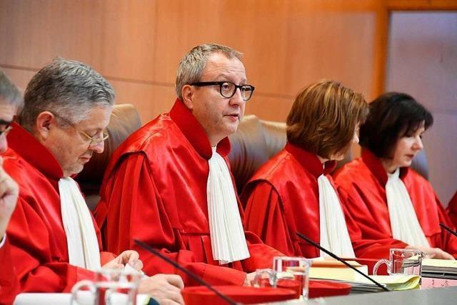 Richter weisen Verfassungsklagen der AfD zur Flüchtlingspolitik ab