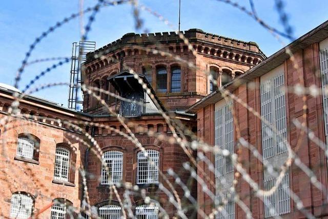Zu wenig Personal im Knast – Häftlinge müssen mittags in ihre Zellen