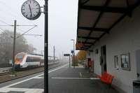 Am Staufener Bahnhof gibts ab Januar Tickets nur noch am Automaten