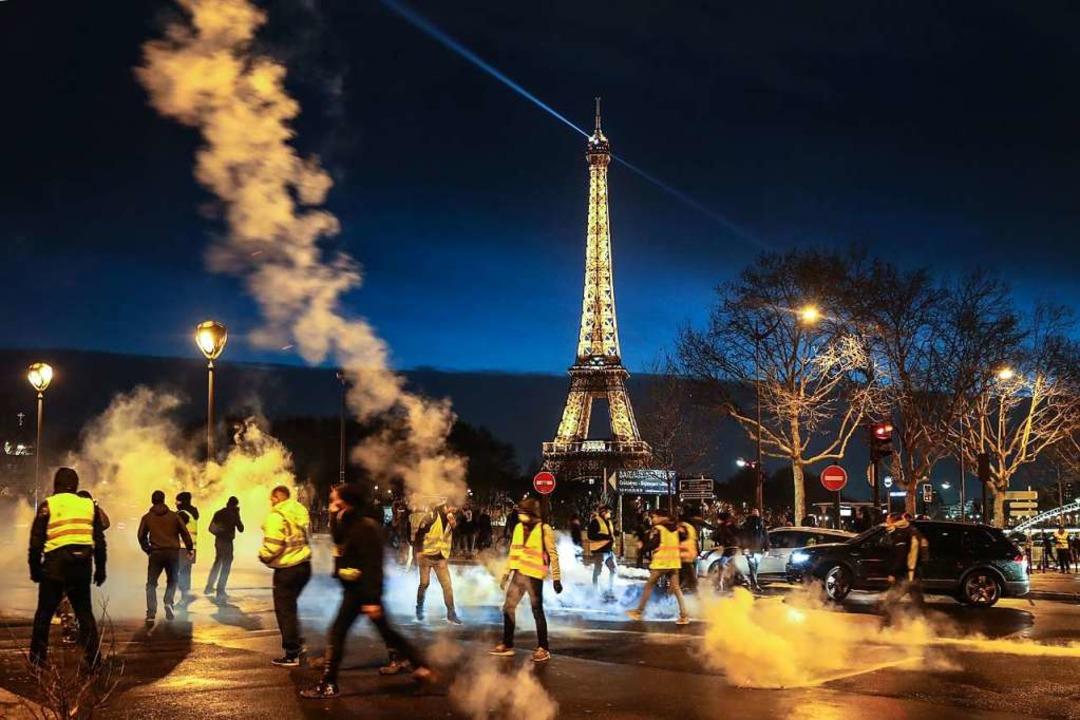 Gelbwesten bei Protesten in Paris.  | Foto: AFP
