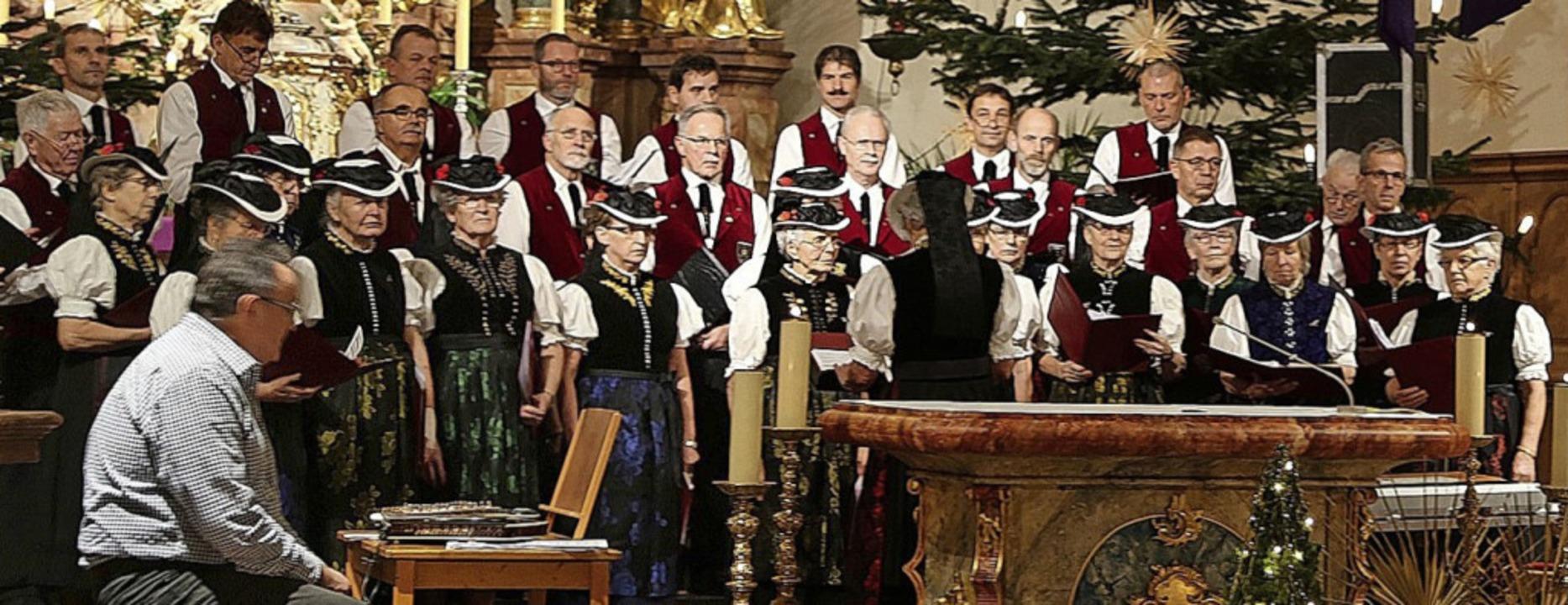Singen und musizieren gemeinsam bei de...Landfrauenchor und Männergesangverein   | Foto: Heinrich Fehrenbach