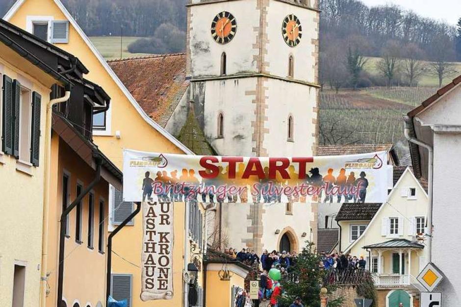 Impressionen vom 34. Silvesterlauf in Britzingen (Foto: Achim Keller)