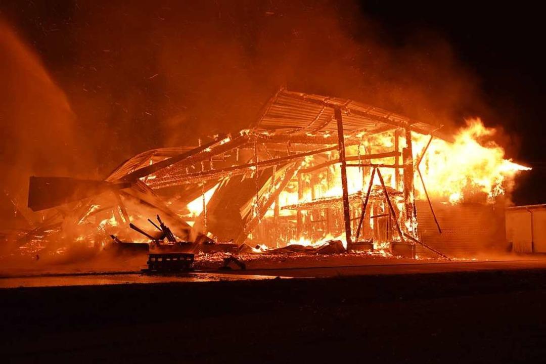 Das Feuer in Löffingen   | Foto: Kamera 24