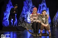Eine märchenhafte Inszenierung der Schneekönigin ist in der Oberrheinhalle zu sehen