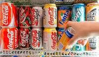 Einbrecher erbeuten Geld und Getränkedosen bei Cateringfirma