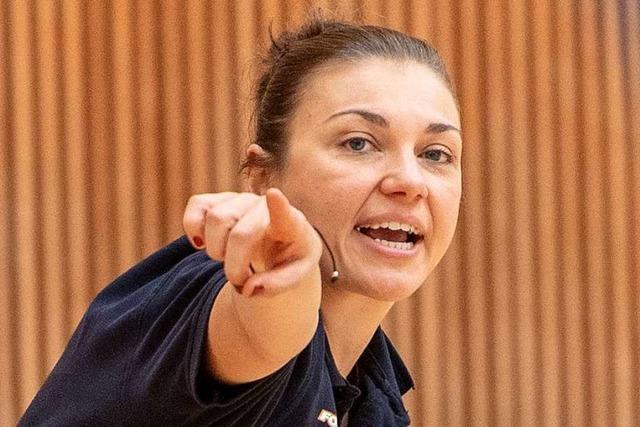 Eisvögel-Trainerin Ballhaus im Interview vor dem Spiel gegen Keltern
