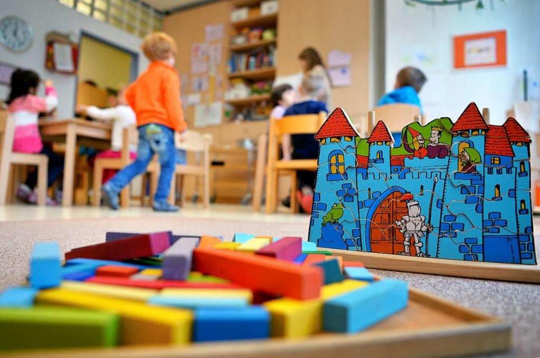 Spielerische Bildung fängt schon in de...d sollte umsonst sein, findet die SPD.  | Foto:  dpa